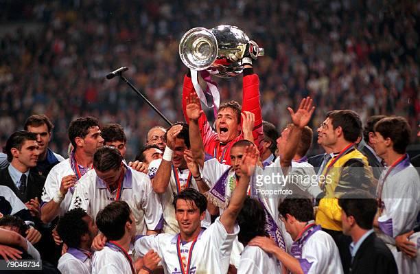 Football UEFA Champions League Final Amsterdam Holland 20th May 1998 Real Madrid 1 v Juventus 0 Real Madrid's German goalkeeper Bodo Illgner lifts...