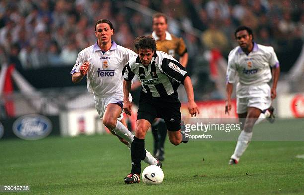 Football UEFA Champions League Final Amsterdam Holland 20th May 1998 Real Madrid 1 v Juventus 0 Alessandro Del Piero of Juventus races away as Real...