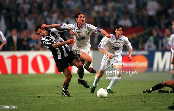 Football UEFA Champions League Final Amsterdam Holland 20th May 1998 Real Madrid 1 v Juventus 0 Real Madrid's Fernando Redondo clashes with Mark...
