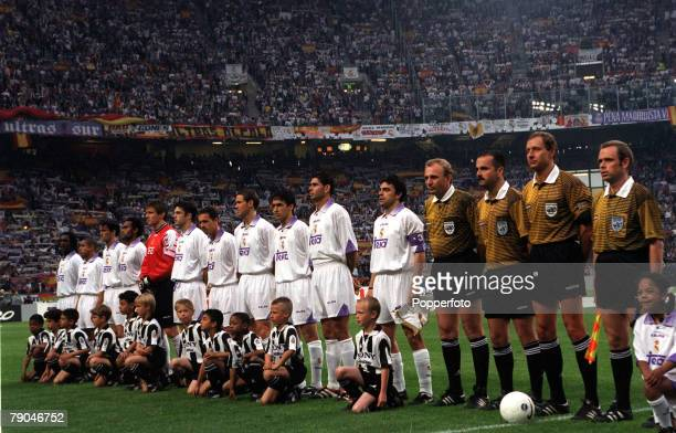 Football UEFA Champions League Final Amsterdam Holland 20th May 1998 Real Madrid 1 v Juventus 0 The Real Madrid team lineup prior to defeating...