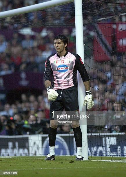 Football UEFA Champions League Final Manchester England 28th May 2003 Juventus 0 v AC Milan 0 Milan won 3 2 on penalties Juventus goalkeeper...