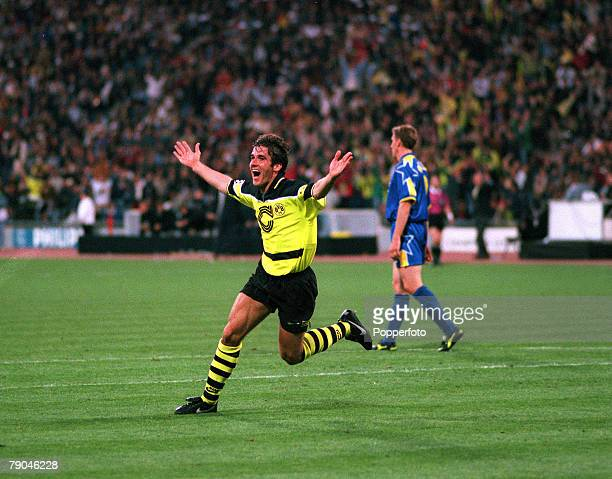 Football UEFA Champions League Final Munich Germany 28th May 1997 Borussia Dortmund 3 v Juventus 1 Borussia Dortmund's Karlheinz Riedle celebrates...