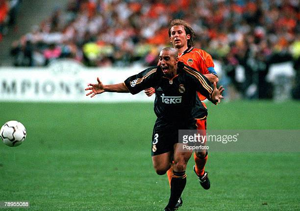 Football UEFA Champions League Final Paris France 24th May Real Madrid 3 v Valencia 0 Real Madrid's Roberto Carlos shows his delight at the final...