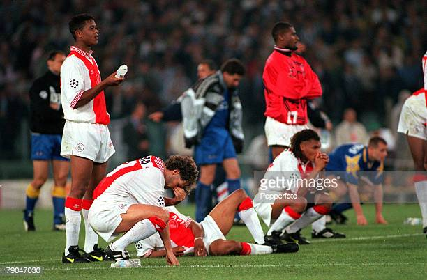 Football UEFA Champions League Final Rome Italy 22nd May 1996 Juventus 1 v Ajax 1 Danny Blind of Ajax cannot watch with his teammates during the...