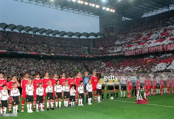 Football UEFA Champions League Milan Italy 23rd May 2001 Bayern Munich 1 v Valencia 1 The Bayern team line up with boys wearing the Valencia strip...