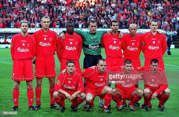 Football UEFA Cup Final 16th May 2001 Dortmund Germany Liverpool 5 v Deportivo Alaves 4 The Liverpool team lineup prior to the match Back Row LR...