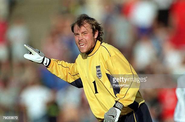 Football Under 21 European Championships 2000 Qualifier Vratsa Bulgaria 0 v England 1 8th June England goalkeeper Steve Simonsen