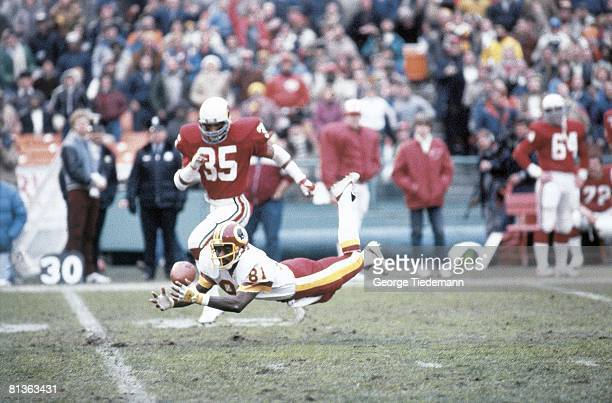Football Washington Redskins Art Monk in action making catch vs St Louis Cardinals Washington DC 1/2/1983