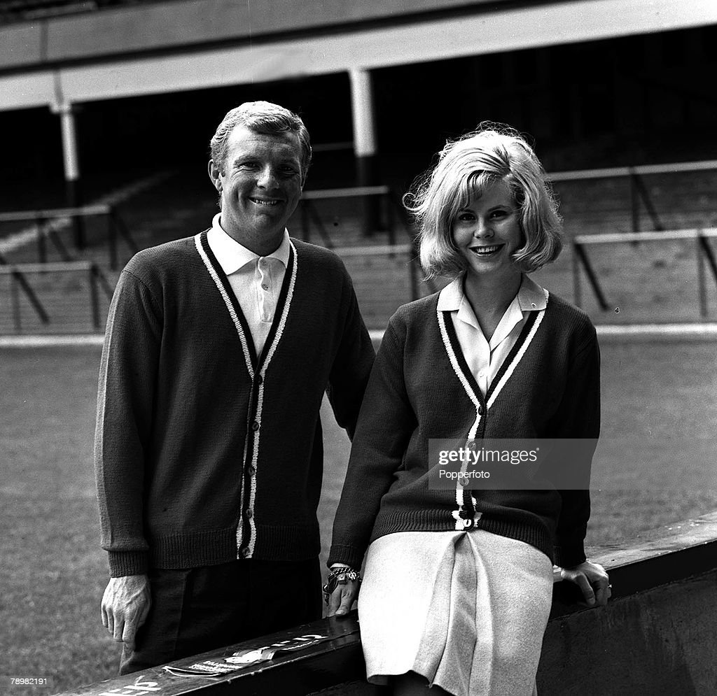 Football 1965 West Ham and England footballer Bobby Moore with
