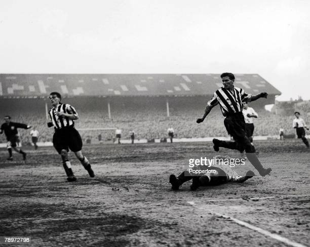 Football White Hart Lane London FA Cup 4th Round Tottenham Hotspur 0 v Newcastle United 3 2nd February 1952 A general view of the match with...