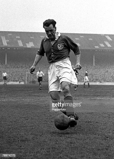Football White Hart Lane London Tottenham Hotspur v Portsmouth Harry Ferrier the Portsmouth left back and Captain