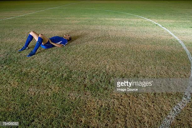 Fußballer liegen