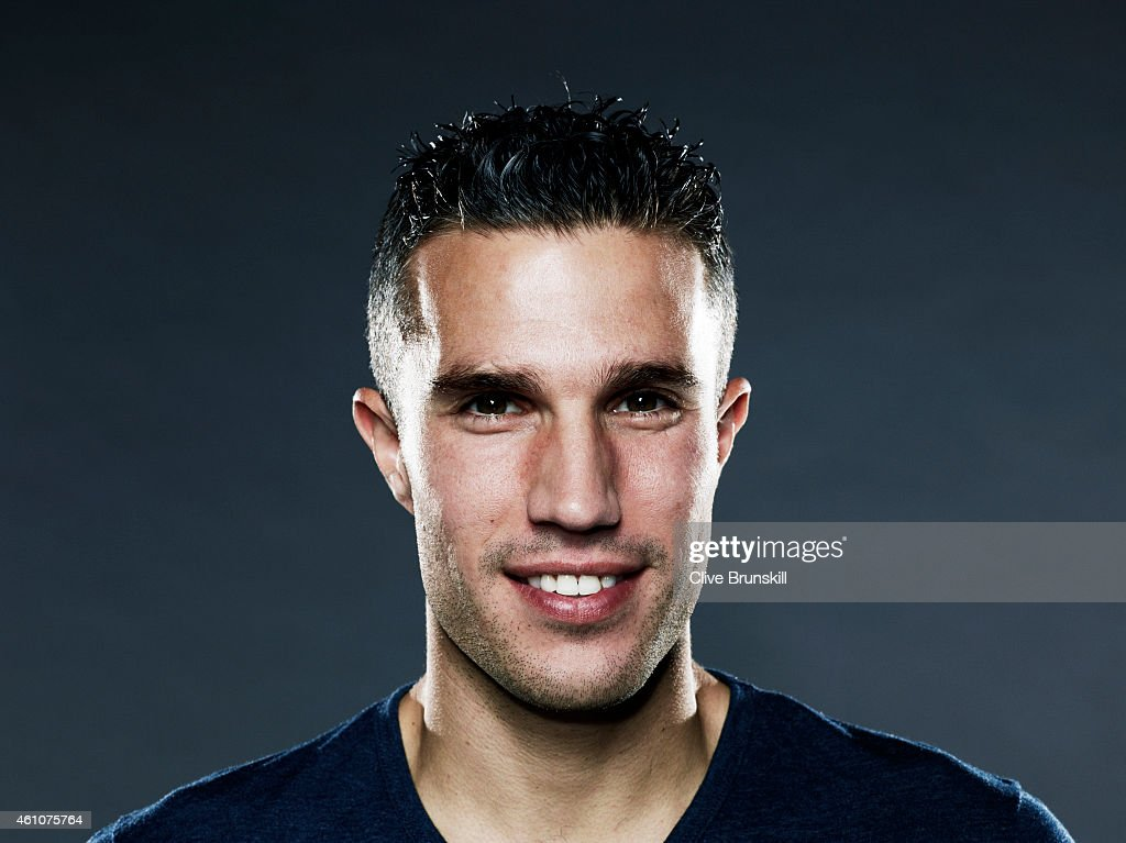 Robin Van Persie, Self assignment, September 18, 2013