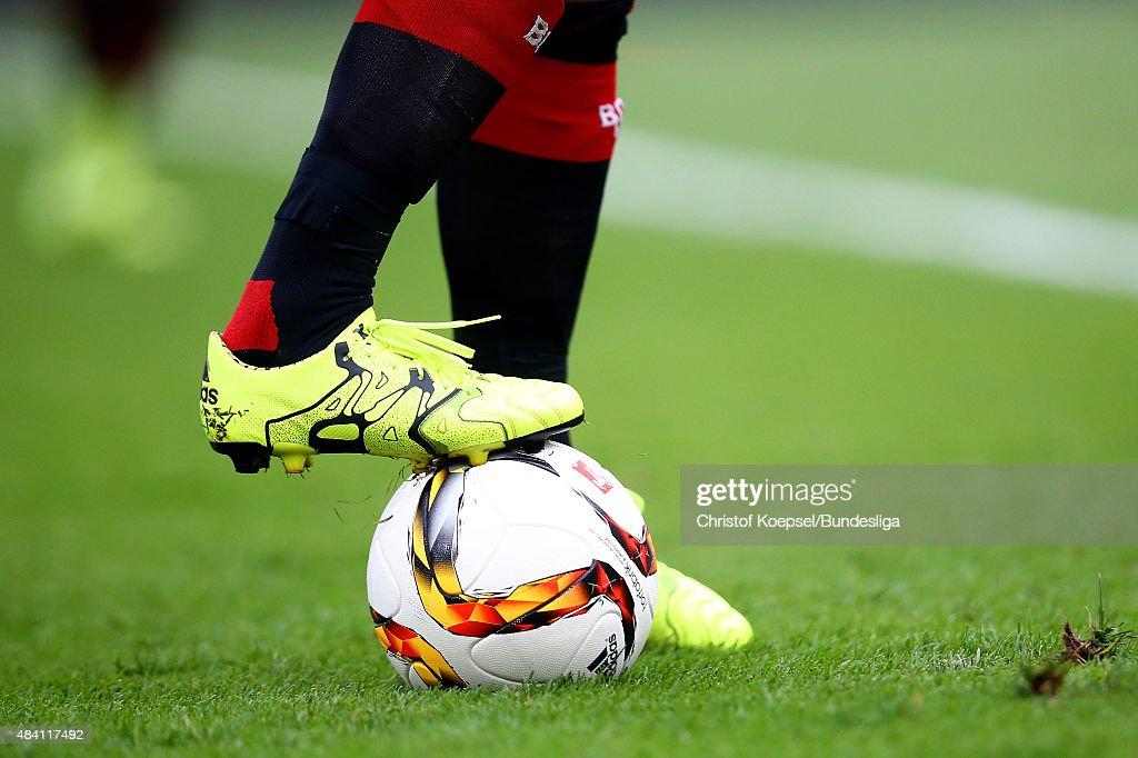 A footballer stops the ball during the Bundesliga match between Bayer Leverkusen and 1899 Hoffenheim at BayArena on August 15, 2015 in Leverkusen, Germany.