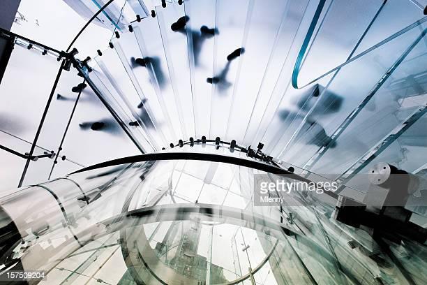 Impronta moderna architettura in vetro