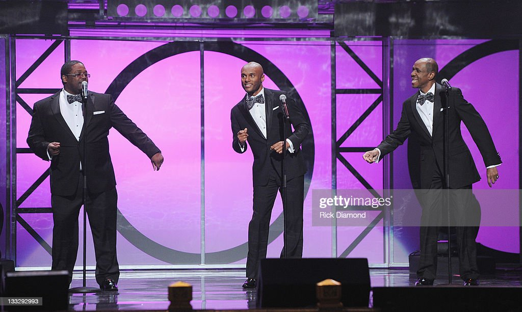 PIPS for a night Freddie Jackson, Kenny Lattimore and Dave Hollister perform at the 2011 Soul Train Awards at The Fox Theatre on November 17, 2011 in Atlanta, Georgia.