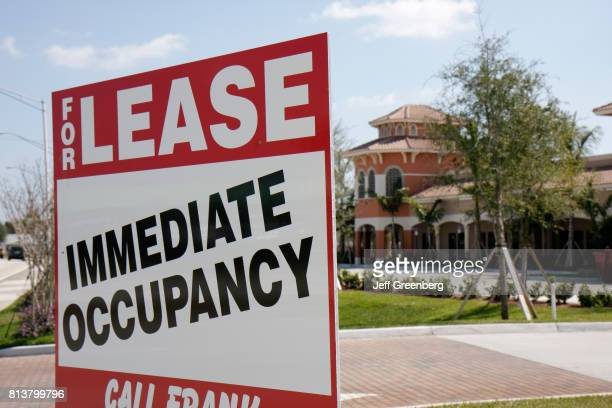 A for lease immediate occupancy sign at Port Saint Lucie