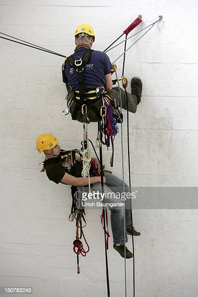 GERMANY BERLIN For safer work in highaltitude Training in rope access techniques for future highaltitude workers Our picture shows rescue training
