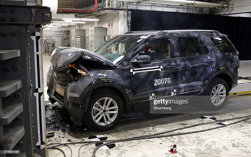 Crash Testing At Ford Motor Co 39 S Dearborn Facility