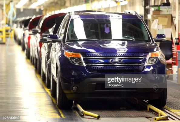 Ford Chicago Assembly Plant Celebrates 2011 Ford Explorer