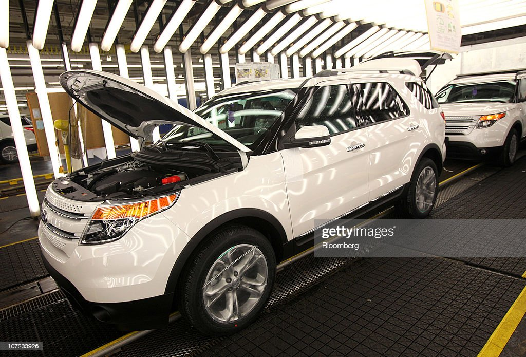 Ford Motor Co Explorers Stand In The Final Inspection