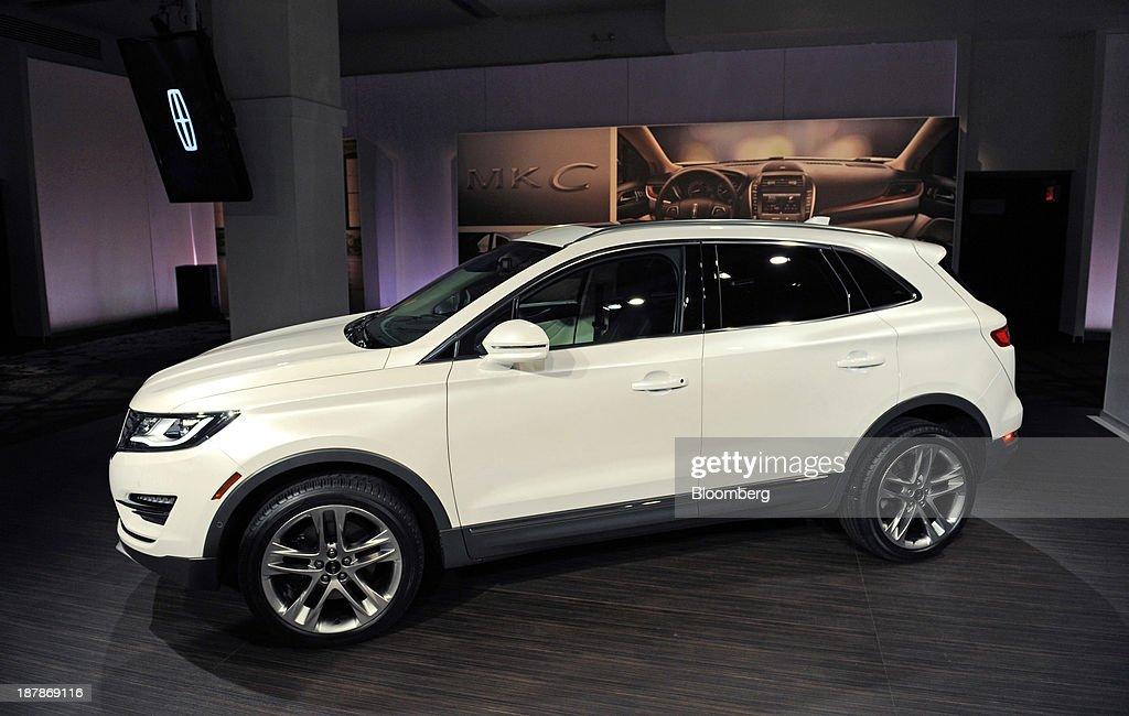 Ford Motor Co.'s 2015 Lincoln MKC sport-utility vehicle (SUV) is displayed for the media in New York, U.S., on Wednesday, Nov. 13, 2013. Ford Motor Co., trying to revive its Lincoln line, said its newest utility vehicle will share little in common with the similarly sized Ford Escape in a bid to lure BMW and Audi buyers. Photographer: Peter Foley/Bloomberg via Getty Images