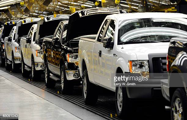 Ford pickups sit on the final assembly line at the Kansas City Ford Assembly plant October 2 2008 in Claycomo Missouri Ford's Kansas City Assembly...