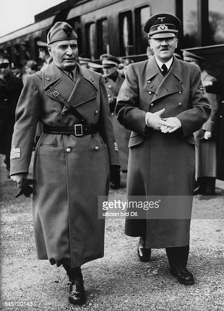 Foreign Affairs Meeting Hitler / Mussolini 1943 Adolf Hitler and Benito Mussolini leaving the station 07 Photographer PresseIllustrationen Heinrich...