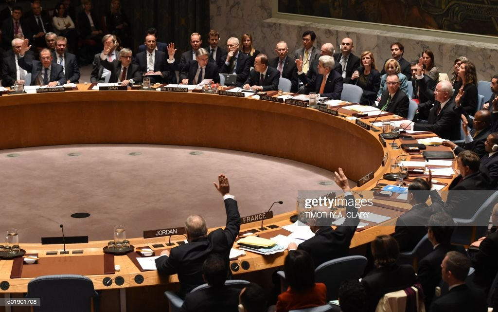 Foreign Ministers vote during a UN Security Council meeting on Syria at the United Nations in New York on December 18 2015 The UN Security Council on...