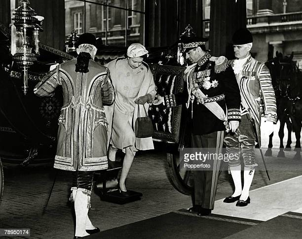 May 1959 The Shah of Iran assists HMQueen Elizabeth at Buckingham Palace London while on his State visit to Great Britain The Shah of Iran succeeded...
