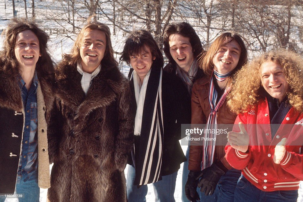 WAITING FOR A GIRL LIKE YOU -FOREIGNER LOU GRAMM 1981 - YouTube