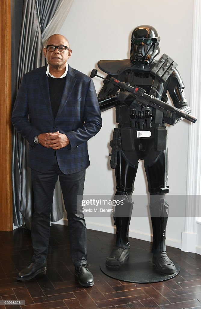 Forest Whitaker attends a photocall for 'Rogue One: A Star Wars Story' at the Corinthia Hotel London on December 14, 2016 in London, England.