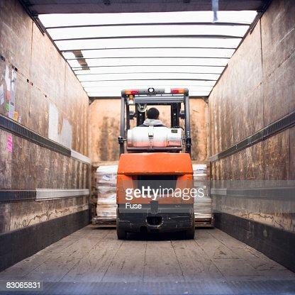 Interieur camion photos et images de collection getty images for A l interieur trailer