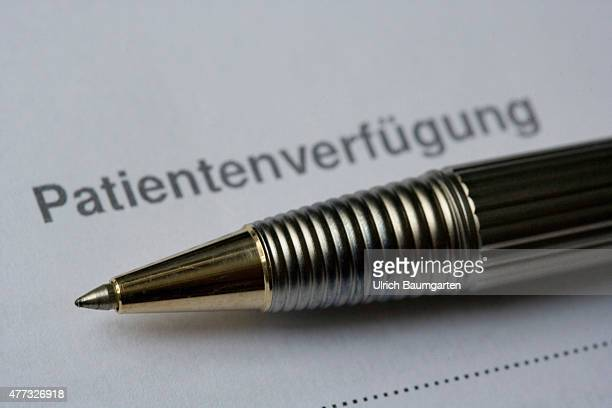 Form with the lettering advance directive and a ballpoint pen
