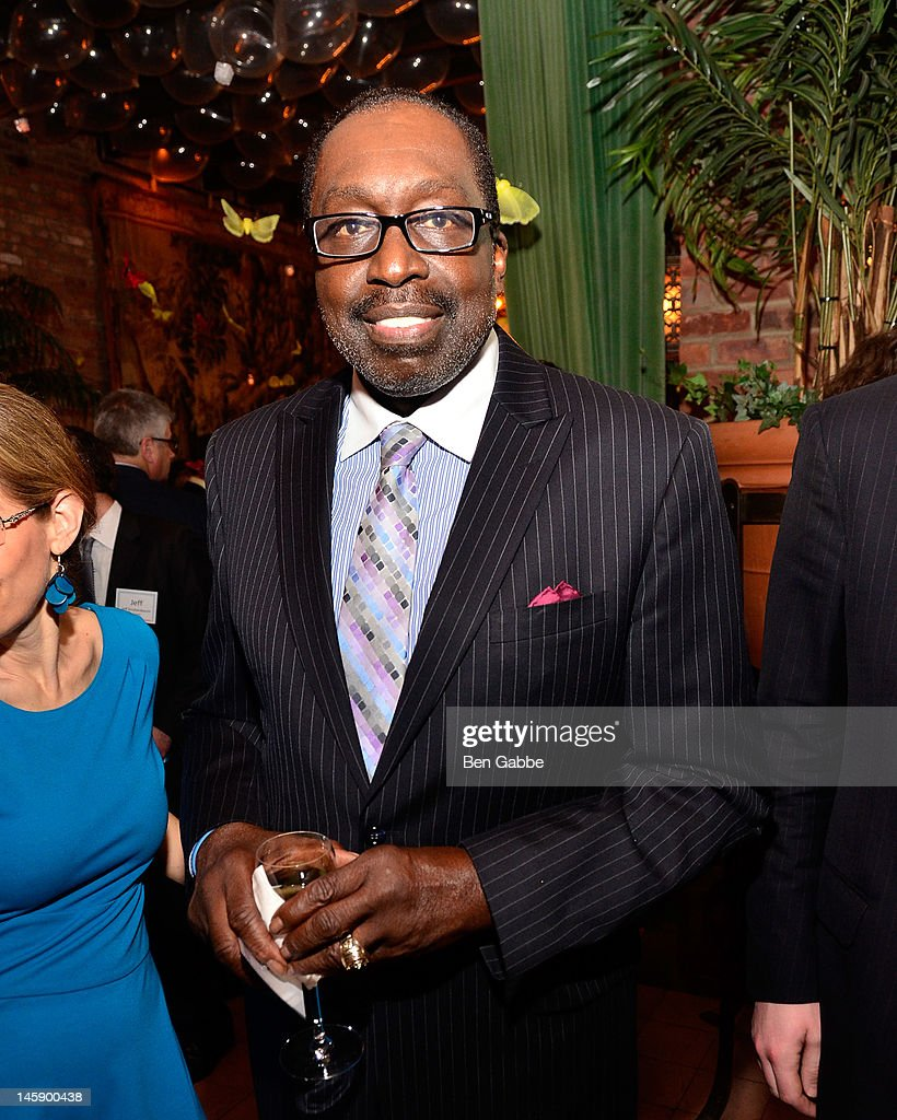 The 2012 Project Renewal Gala s and