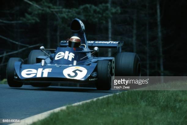 Formel 1 Grand Prix Deutschland 1973 Nuerburgring Nordschleife Jackie Stewart TyrrellFord 006 Sprung wwwhochzweinet copyright HOCH ZWEI / Ronco