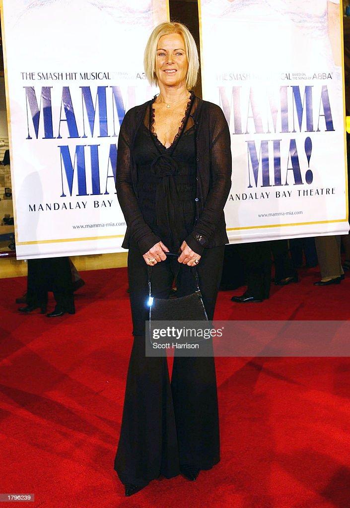 """Resultado de imagen de """"Mamma Mia"""" premiere in Las Vegas,  13 February 2003"""