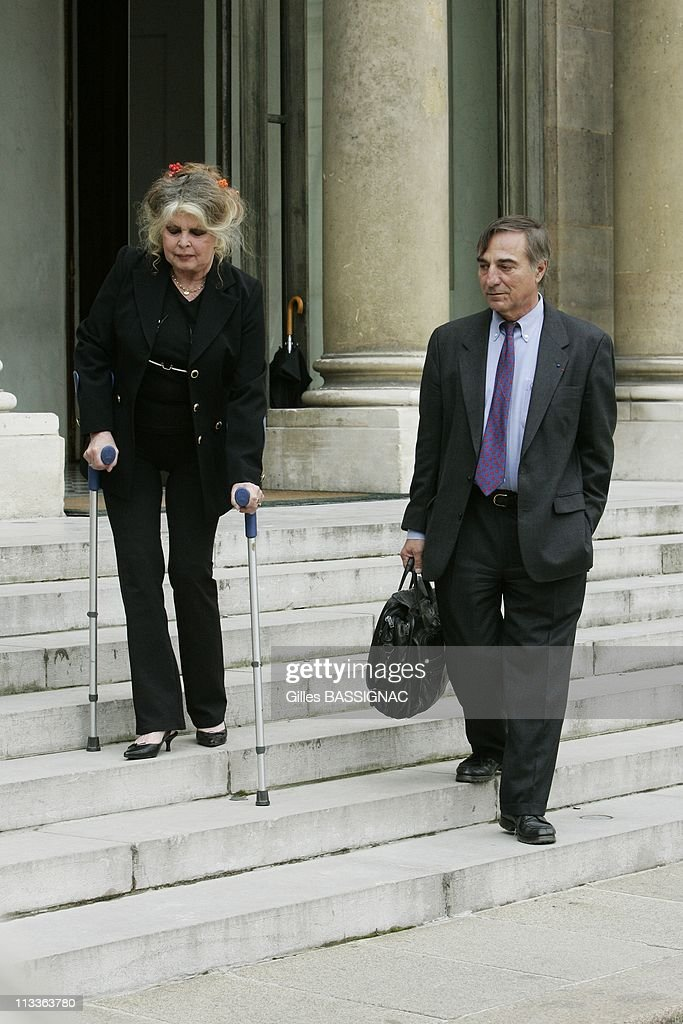 Former Actress And Now Animals Rights Activist Brigitte Bardot Invited For A Meeting On The Environment With French President Nicolas Sarkozy, At The Elysee Palace In Paris, France On September 27, 2007 - Brigitte Bardot and Allain Bougrain Dubourg, head of the Birds Protection league