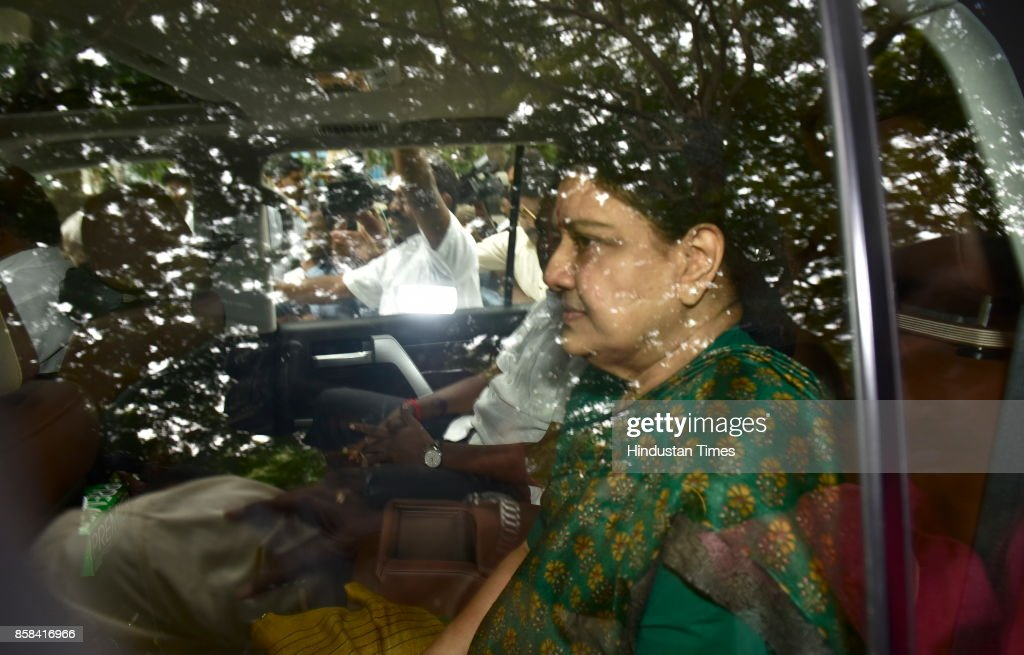 Former AIADMK Chief Sashikala leaves Bengaluru Central Jail on 5-day parole on October 6, 2017 in Bengaluru, India. VK Sasikala, the jailed interim general secretary of the AIADMK, has been in prison since the Supreme Court upheld her conviction in a disproportionate case in February this year. Nearly eight months later, she has managed to leave the Bangalore jail on a five-day parole.