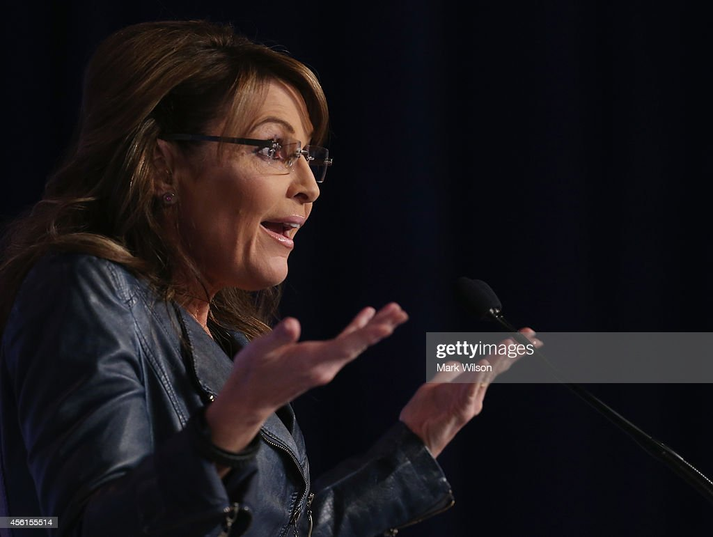 Former Alaska Gov. <a gi-track='captionPersonalityLinkClicked' href=/galleries/search?phrase=Sarah+Palin&family=editorial&specificpeople=4170348 ng-click='$event.stopPropagation()'>Sarah Palin</a> (R) speaks at the 2014 Values Voter Summit September 26, 2014 in Washington, DC. The Family Research Council (FRC) hosting its 9th annual Values Voter Summit inviting conservatives to participate in a straw poll.
