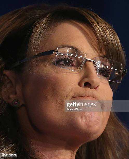 Former Alaska Gov Sarah Palin speaks at the 2014 Values Voter Summit September 26 2014 in Washington DC The Family Research Council hosting its 9th...