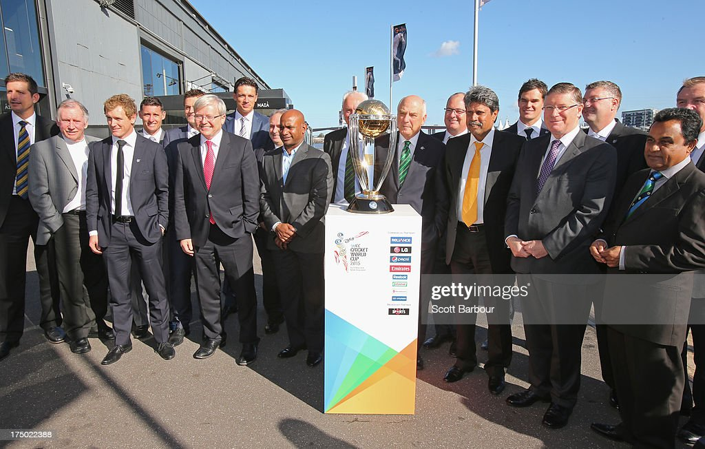 Former Australian cricketers Dennis Lillee Ian Chappell Adam Gilchrist Mike Hussey George Bailey Australian Prime Minister Kevin Rudd Ralph Waters...