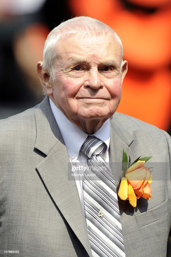 Former Baltimore Orioles manager <a gi-track='captionPersonalityLinkClicked' href=/galleries/search?phrase=Earl+Weaver&family=editorial&specificpeople=213180 ng-click='$event.stopPropagation()'>Earl Weaver</a> address the fans during the unveiling of his bronze sculpture in the Legends garden of a baseball game against the Baltimore Orioles at Oriole Park at Camden Yards on June 30, 2012 in Baltimore, Maryland. The Indians won 11-5.