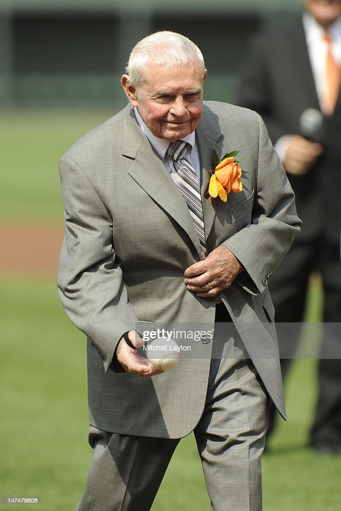 Former Baltimore Orioles manager Earl Weaver throws out the first pitch before a baseball game against the Cleveland Indians at Oriole Park at Camden Yards on June 30, 2012 in Baltimore, Maryland.