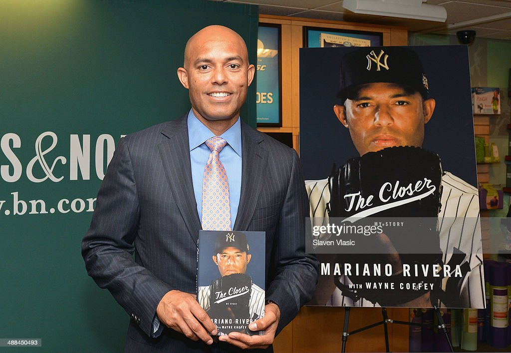 Former baseball pitcher <a gi-track='captionPersonalityLinkClicked' href=/galleries/search?phrase=Mariano+Rivera&family=editorial&specificpeople=201607 ng-click='$event.stopPropagation()'>Mariano Rivera</a> promotes 'The Closer: My Story' book at Barnes & Noble, 5th Avenue on May 6, 2014 in New York City.