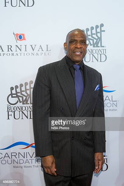 Former baseball player Andre Dawson attends the 29th Annual Great Sports Legends Dinner to benefit The Buoniconti Fund to Cure Paralysis at the...