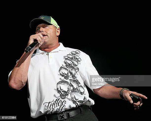 Former baseball player Roger Clemens introduces Toby Keith in concert at Austin360 Amphitheater on October 16 2016 in Austin Texas