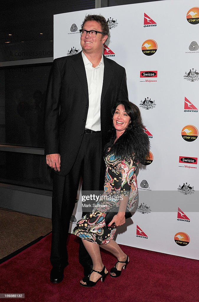 how tall is luc longley