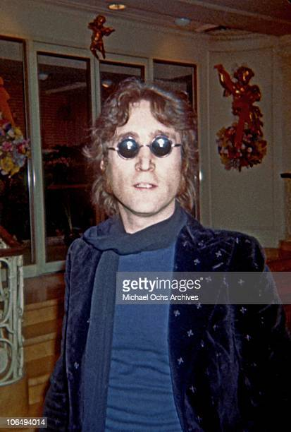 Former Beatle John Lennon poses for a photo circa 1974 in New York City New York