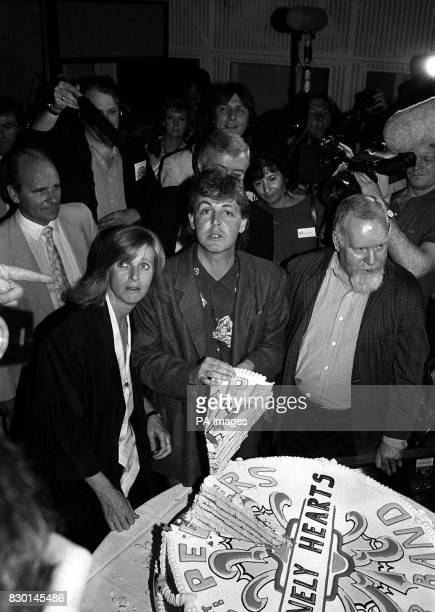 Former Beatle Paul McCartney with wife Linda Peter Blake who designed the cover of the band's hit album Sgt Pepper's Lonely Hearts Club Band at the...